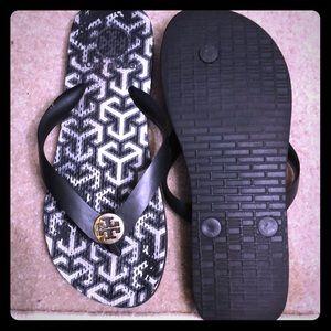 Ladies flip-flops